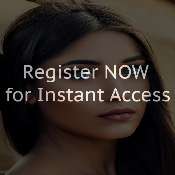 Webcam chat rooms online in Canada